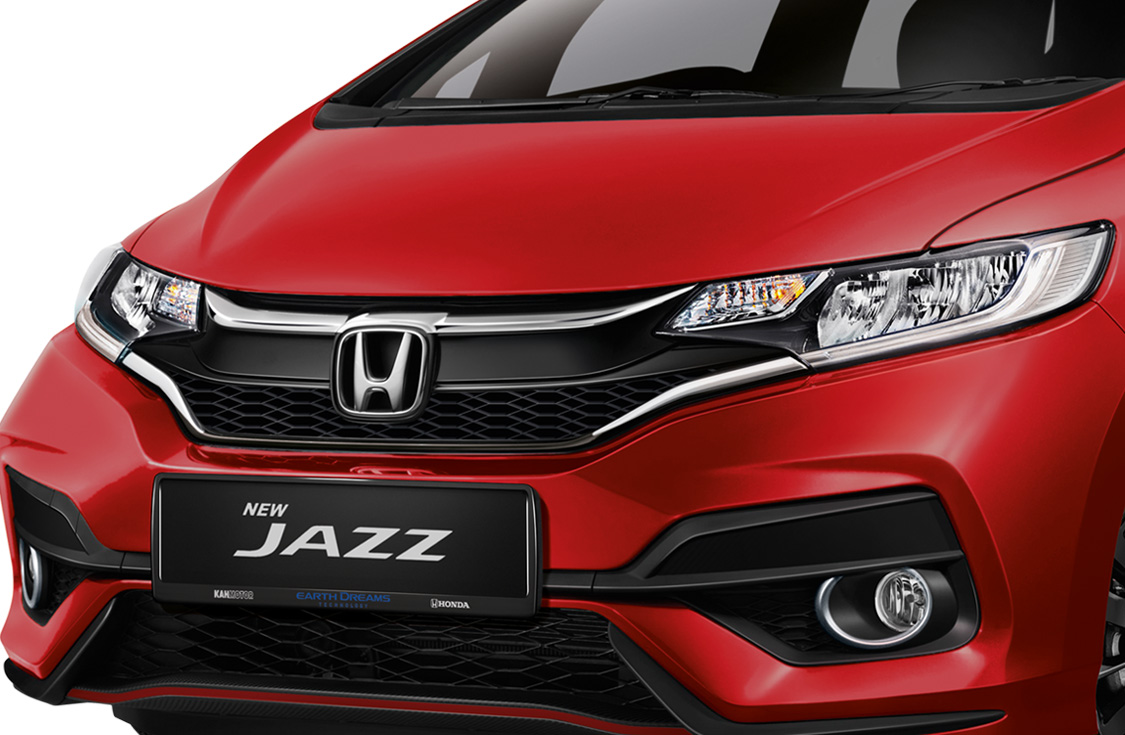 1.5-sporty-front-grille-01 Honda Jazz